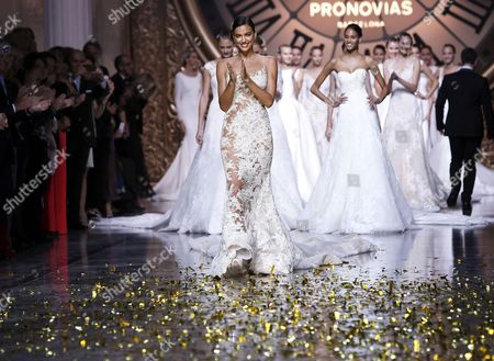 A Pictuer Made Available on 09 May 2015 Shows Russian Model Irina Shayk (c) Presenting a Creation by French Designer Herve Moreau For Spanish Label Pronovias During the Gaudi Novias Barcelona Bridal Week in Barcelona Spain 08 May 2015 the Fashion Event Ended on 08 May Spain Barcelona