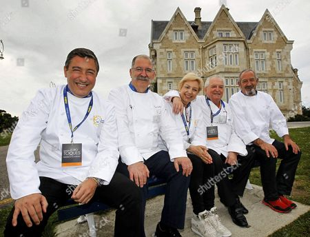 (l-r) Spanish Chefs Joan Roca Pedro Subijana Susi Diaz Juan Mari Arzak and Karlos Arguinano Pose For the Media After Attended the National Assembly of Euro-toques in Santander Northern Spain 12 May 2014 the Chefs Have Gathered to Exchange Information on the Aims of This Organization For the Upcoming Year Euro-toques is the Most Important Chefs' Association in Europe with More Than 3 500 Members in 18 Countries Spain Santander