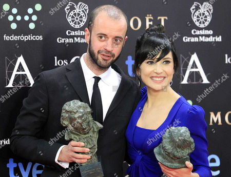 Spanish Actress Marian Alvarez (r) Poses For the Media After Receiving Her 'Best Leading Actress' Goya Award Next to Spanish Director Fernando Franco (l) with His 'Best New Director' Goya Award For the Film 'La Herida' During the 28th Goya Awards Awarding Ceremony in Madrid Spain 09 February 2014 Spain Madrid