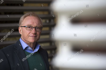 Israeli Writer David Grossmann Poses For Photographers on the Occassion of the Presentation of the Spanish Edition of His Latest Novel 'The Big Cavaret' During the Kosmopolis Festival 2015 in Barcelona Spain 19 March 2015 the 8th Amplified Literature Fest Kosmopolis Runs From 18 to 22 March 2015 Spain Barcelona