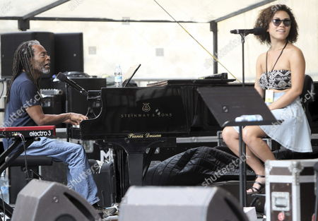 Us Musician Bobby Mcferrin (l) Rehearses During the 49th San Sebastian Jazz Festival Held in San Sebastian Northern Spain 24 July 2014 Spain San Sebastißn
