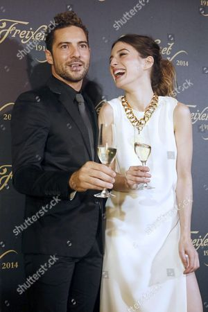 A Picture Made Available on 26 November 2014 Shows Spanish Singer David Bisbal (l) and Actress Maria Valverde (r) Posing During the Presentation of the Traditional Christmas Spot of Freixenet 'Cava' (sparkling White Wine) at Sant Saduri D'anoia in Barcelona Spain 25 November 2014 Since 1977 Personalities Such As Gene Kelly Christopher Reeve Shirley Mclaine Shakira Sharon Stone Pierce Brosnan Gwyneth Paltrow Meg Ryan Antonio Banderas Or Anthony Quinn Have Already Taken Part in the Christmas Spot of Freixenet a Brand of a Drink That is Traditionaly Consumed in Spain During Christmas and Specially in New Years Eve Spain Barcelona