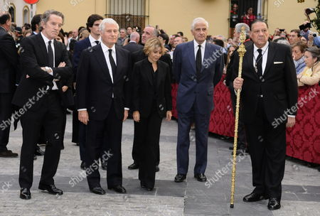 (l-r) Alfonso Diaz the Widower of Cayetana Fitz-james Stuart Duchess of Alba Her Son Carlos Fitz-james Stuart 14th Duke of Huescar Her Daughter Eugenia Martinez De Irujo 12th Duchess of Montoro and Her Son Alfonso Martinez De Irujo Y Fitz-james Stuart Arrive to the Valle's Church Seat of the Gypsies Brotherhood to Place the Mortal Remains of the Duchess of Alba in Seville Spain 21 November 2014 the Spanish Aristocrat Died Aged 88 at Home on 20 November After a Short Illness Spain Seville