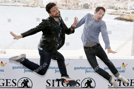 Spanish Director Eugenio Mira (l) and Us Actor/cast Member Elijah Wood Pose at a Photocall For 'Grand Piano' During the Sitges International Fantastic Film Festival in Sitges Outside Barcelona Spain 11 October 2013 the Festival Runs From 11 to 20 October Spain Sitges