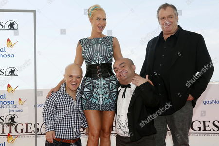 Porn Star/cast Member Sophie Evans (2-l) and Actors/cast Members Alberto Martinez (l) Roland Olbeter (2-r) and Michal Lagos (r) Pose During the Photocall of 'La Distancia' (the Distance) at the 47th Sitges Film Festival in Sitges Outside Barcelona North-eastern Spain 05 October 2014 Sitges Film Festival Runs From 03 to 12 October 2014 Spain Sitges (barcelona)