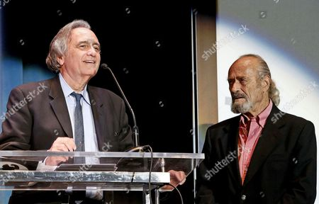 Us Filmmaker Joe Dante (l) and Compatriot Actor Dick Miller (r) Receive the Honour Award 'La Maquina Del Tiempo' (the Time's Machine) For Their Careers During the Closing Ceremony of the 47th Sitges Film Festival in Sitges Outside Barcelona Spain 11 October 2014 the Festival Runs From 03 to 12 October Spain Sitges (barcelona)