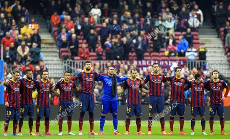 Fc Barcelona Players Observe a Minute of Silence in Memory of Late Spanish Soccer Coach Luis Aragones Before the Spanish Primera Division Soccer Match Against Valencia Cf at Camp Nou Stadium in Barcelona Northeastern Spain 01 February 2014 Aragones who was Head Coach of Several Spanish Teams Including Fc Barcelona Atletico Madrid Real Mallorca and the Spanish National Soccer Team Died Early 01 February 2014 at a Madrid's Hospital After Suffering a Leukemia Spain Barcelona