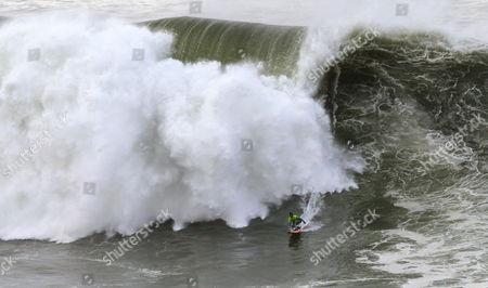 Us Surfer Nic Lamb in Action During the 'Big Wave World Tour' Punta Galea Challenge Surfing Event in Getxo Northern Spain 11 December 2014 Spain Getxo (bizkaia)