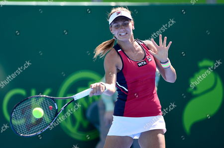 Serbian Jovana Jaksic in Action Against Thai Luksika Kumkhum During Their Match of the Open of Monterrey Held in the City of Monterrey Mexico 02 April 2014 Mexico Monterrey