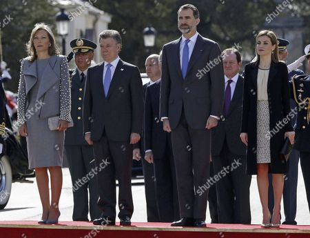 Spain's King Felipe Vi (2-r) and Queen Letizia (r) Stand Next to Colombian President Juan Manuel Santos (2-l) and His Wife Maria Clemencia Rodriguez De Santos During a Welcome Ceremony at the Palace of El Pardo in the Outskirts of Madrid Spain 01 March 2015 Santos is on a Three-day Long Visit to Spain Spain El Pardo