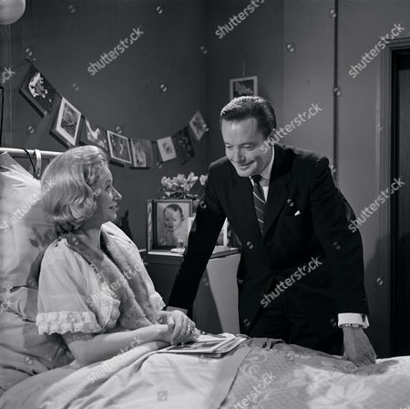 'Emergency Ward 10'   - Jane Downs and Charles Tingwell