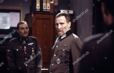 'Enemy at the Door' - 'The Right Blood' - Clive Francis and Alfred Burke