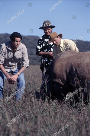 'Carlton Food Network'  - 'Three  RESTAURATEUR TV CELEBRITY  RESTAURATEUR TV CELEBRITY CHEF  s in the Cape' - Ross Burden, Aldo Zilli and Alan Coxon
