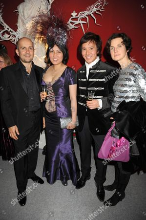 Marc Quinn, Andy and Patti Wong with guest