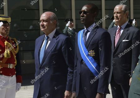 Spanish Interior Minister Jorge Fernandez Diaz (l) and His Senegalese Counterpart Abdoulaye Daouda Diallo (c) Visit the Spanish Civil Guard's Maritime and Sea Borders Vigilance Coordination Center in Madrid Spain 06 May 2015 Spain Madrid