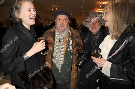 David Bailey, Barry Lategan and female guests