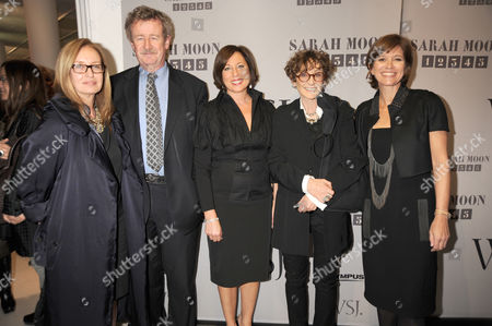 Shelly Verthein (curator of exhibition), Sir Christopher Frayling (Rector of RCA), Ellen Asmodeo-Giglio (publisher), Sara Moon and Tina Gaudoin (WSJ editor)