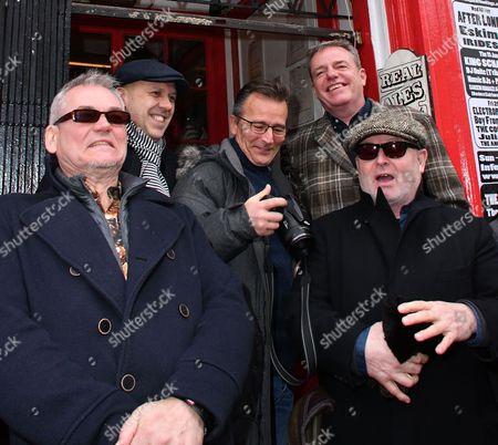 "Mike Barson, Mark Bedford, Dan Woody Woodgate, Graham "" Suggs "" McPherson, Lee Thompson"