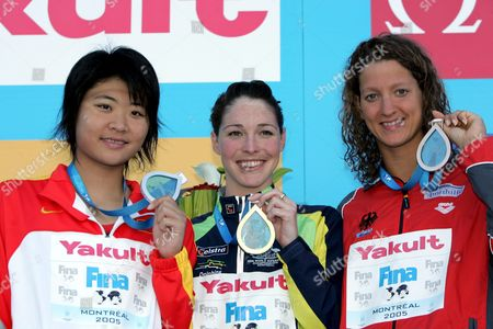 (l-r) China's Gao Chang Australia's Giaan Rooney and Germany's Antje Buschschulte Hold Their Medals on the Victory Stand After the Women's 50m Backstroke at the Fina World Championships in Montreal Canada Thursday 28 July 2005 Canada Montreal