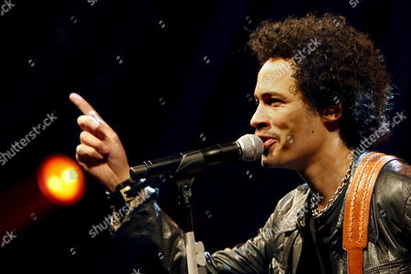 Singer Eagle-eye Cherry From Sweden Performs on Stage at the Caprices Festival in Crans Montana Switzerland 28 March 2008 the Festival is the Biggest Winter Music Festival in Switzerland and Runs From 26 to 30 March 2008 Switzerland Schweiz Suisse Crans-montana