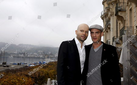 Marc Forster (l) Director of the James Bond Movie 'Quantum of Solace' and Swiss Actor and Cast Member Anatole Taubman (r) Pose During a Photo Call For the New Bond Movie on the Terrace of the Palace Hotel Lucerne Switzerland 04 November 2008 Switzerland Schweiz Suisse Lucerne