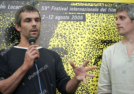 Spanish Actor David Recha (l) Talks About His Role Beside His Brother Director Marc Recha (r) During a Press Conference to Present Recha's Movie 'Dies D'agost' Which Participates in the International Competition at the 59th International Film Festival Locarno Saturday 05 August 2006 in Locarno Switzerland Switzerland Schweiz Suisse Locarno