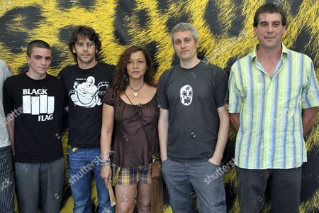 Spanish Director Marc Recha (2-r) Poses with Spanish Actors and Cast Members (l-r) Marc Soto Eduardo Noriega Eulalia Ramon and Pere Subirana During a Photocall Prior to the Presentation of His Movie 'Petit Indi' ('little Indi') at the 62nd Locarno International Film Festival 11 August 2009 in Locarno Switzerland the Festival Runs Until 15 August Switzerland Schweiz Suisse Locarno