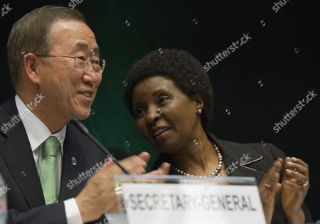 United Nations Secretary-general Ban Ki-moon (l) and Asha-rose Migiro (r) Deputy Secretary-general Applaud During the Opening Ceremony of the 3rd Session of the Global Platform For Disaster Risk Reduction at the International Conference Centre Geneva (cicg) in Geneva Switzerland 10 May 2011 Switzerland Schweiz Suisse Geneva