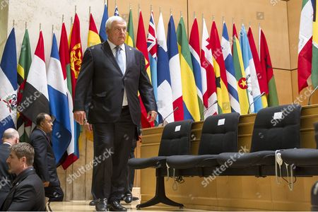 Ricardo Martinelli Berrocal President of Panama Arrives on the Podium Prior to His Statement During the 101st International Labor Organization (ilo) Conference at the European Headquarters of the United Nations in Geneva Switzerland 12 June 2012 Switzerland Schweiz Suisse Geneva