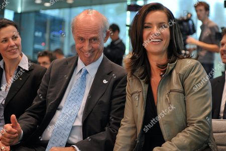 German Former Skier and Cinematographer Willy Bogner Managing Director of the Munich 2018 Bid Committee (l) and Former Figure Skater Katarina Witt Chairwoman of the Munich 2018 Bid Committee (r) Pose at the Ioc Headquarters in Lausanne Switzerland on 22 June 2010 Before Learning That Munich Moves to the Next Level of Competition to Host 2018 Olympic Winter Games Switzerland Schweiz Suisse Lausanne