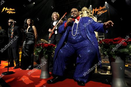 Us Soul-legend Solomon Burke Performs on Stage During the 41th Montreux Jazz Festival at the Stravinski Hall in Montreux Switzerland 20 July 2007 Switzerland Schweiz Suisse Montreux