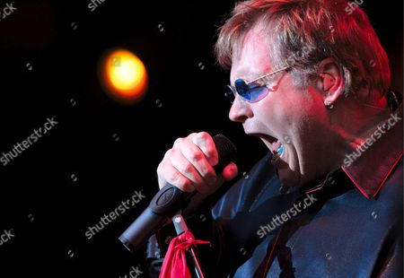 Stock Image of Meat Loaf Performs on Stage at the Start of His 'Live at Sunset' Concert in Zurich Switzerland Wednesday 20 July 2005 Meat Loaf Born Marvin Lee Aday on September 27 1951 is an American Actor and Rock and Roll Performer who Became Fameous with His Album 'Bat out of Hell' and For His Movie Performances Such As Eddie in 'The Rocky Horror Picture Show' Switzerland Schweiz Suisse Zurich