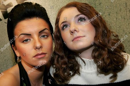 Russian Origin Duo Tatu Yulia Volkova (l) and Lena Katina (r) Pose For Photographers Prior to Performing on Stage at the 'Energy Stars For Free' Music Event in the Hallenstadion in Zurich Switzerland Thursday 22 December 2005 Switzerland Schweiz Suisse Zurich