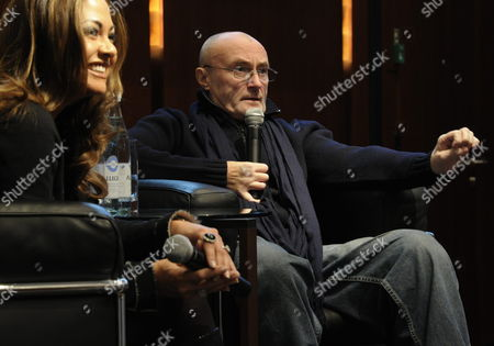 British Musician Phil Collins (r) and His Former Wife Orianne Cevey Talk About Their 'Little Dreams Foundation' in Zurich Switzerland 14 December 2011 the Little Dreams Foundation was Created in 2000 by Orianne and Phil Collins Its Mission is to Support Young Talents in Artistic and Sporting Fields Switzerland Schweiz Suisse Zurich