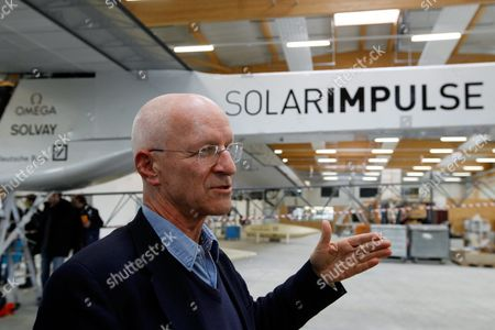 Swiss Pilot and Astronaut Claude Nicollier Talks During the Inauguration Ceremony of the Solar Impulse Base Aeroplane Hangar in Payerne Switzerland 10 March 2010 According to a Statement on Their Website Solar Impulse's Project Aims 'To Have an Airplane Take Off and Fly Autonomously Day and Night Propelled Uniquely by Solar Energy Right Round the World Without Fuel Or Pollution ' Switzerland Schweiz Suisse Payerne