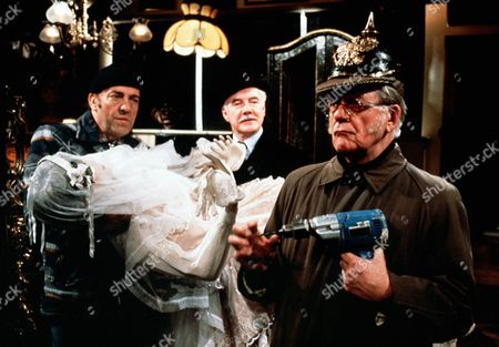 'Tales of the Unexpected'  - 'The Moles' - Harry H.Corbett, Bill Owen and Fulton Mackay