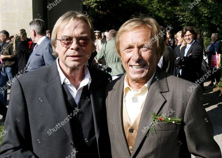 German Actor Claus Theo Gaertner (r) Known As Detective 'Matula' From the Tv Production 'Ein Fall Fuer Zwei' (a Case For Two) and His Friend Volker Lechtenbrink Pose After Gaertner's Wedding to Swiss Sarah Wuergler 20 September 2008 Outside the Museum Lindengut in Winterthur Switzerland Switzerland Schweiz Suisse Winterhur