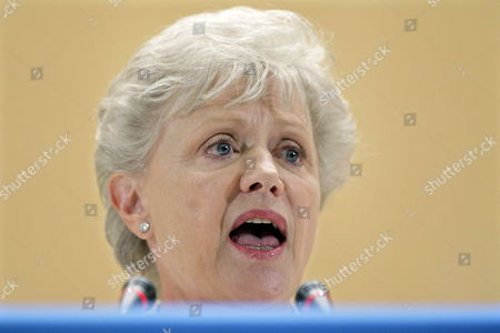 Princess Muna Al Hussein of Jordan Delivers Her Speech During the 61st World Health Organization (who) Annual Assembly at the European Headquarters of the United Nations in Geneva Switzerland 20 May 2008 Switzerland Schweiz Suisse Genf Geneve Geneva Ginevra