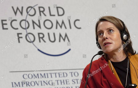 Paola Antonelli Curator at the Museum of Modern Art New York Addresses the Last Session of the Open Forum on the Subject of Boundaries on the Last Day of the World Economic Forum Wef in Davos Switzerland Sunday 29 January 2006 the Wef Ends on Sunday After a Week of Meetings Between Corporate and Political Heads As Well As Prominent Figures of Showbusiness and Sports Switzerland Schweiz Suisse Davos