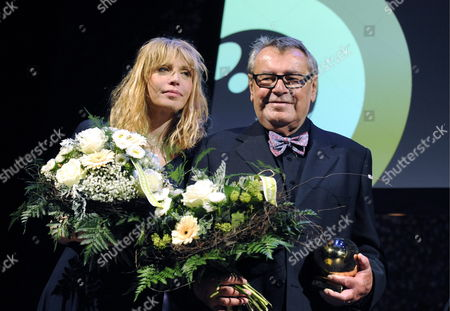 A Picture Made Available on 03 October Shows Czech Film Director Milos Forman (r) and Us Singer and Actress Courtney Love (l) Smiling After Forman Recieved a Tribute For His Lifetime Work at the Closing Night of the Zurich Film Festival in Zurich Switzerland 02 October 2010 Love who Acted in Two Movies of Milos Forman Held the Honorific Speech For Forman's Award Switzerland Schweiz Suisse Zurich