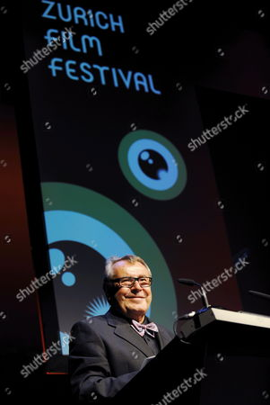 A Picture Made Available on 03 October Shows Czech Film Director Milos Forman Giving a Speech After Receiving a Tribute For His Lifetime Work at the Closing Night of the Zurich Film Festival in Zurich Switzerland 02 October 2010 Switzerland Schweiz Suisse Zurich