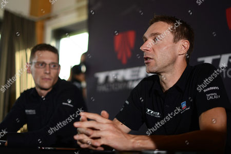German Cyclist Jens Voigt (r) Speaks During a Press Conference Ahead of a Record Attempt in One Hour Cycling at the Velodrome Suisse in Grenchen Switzerland 17 September 2014 Voigt Will Try to Break the Record on 18 September 2014 Switzerland Schweiz Suisse Grenchen