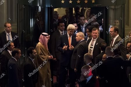 Us Secretary of State John Kerry (c) Talks with Saudi Arabia Foreign Minister Adel Al-jubeir (l) and Jordan's Foreign Minister Nasser Judeh (r) After a Meeting on the Crisis in Syria in Lausanne Switzerland 15 October 2016 Us Secretary of State John Kerry and Russian Foreign Minister Sergei Lavrov Attended a Meeting to Discuss the Syria Crisis and to Consider what Further Steps Could Be Taken to Get a Syria Settlement Washington and Moscow Sought to Engage Countries As Saudi Arabia Qatar Turkey Egypt Irak Jordan and Iran That Have Direct Influence on what is Going on in Syria Switzerland Schweiz Suisse Lausanne