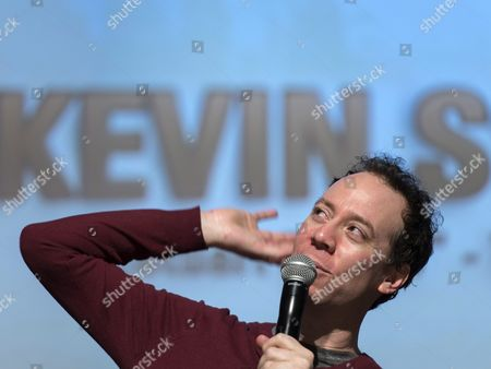 Us Actor Kevin Sussman (stuart From the Big Bang Theory) Speaks During a Press Conference at the Fantasy Basel 2016 - the Swiss Comic Con in Basel Switzerland 05 May 2016 the Festival Covers 30 000 Square Meters Across Five Halls with Around 200 Stands Shows Artist Tables and Activities Ranging From Games and Game Design to Comics Cosplay Film and Tv Series Switzerland Schweiz Suisse Basel