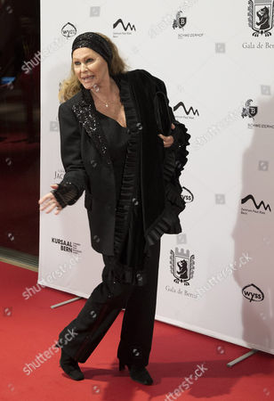 Swiss Actress Ursula Andress Poses For the Media As She Arrives on the Red Carpet Prior to a Gala Night in Bern Switzerland 03 November 2012 the 'Gala De Berne' is a New Event That Should Bring More Stars and Glamour to Switzerlands Capital Switzerland Schweiz Suisse Bern