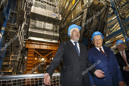 President of Greece Karolos Papoulias (r) and Director General of the European Organization For Nuclear Research (cern) Rolf-dieter Heuer (l) Are Pictured in the Atlas Experimental Area During a Visit to Cern in Meyrin Near Geneva Switzerland 03 May 2014 Switzerland Schweiz Suisse Geneva