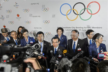 Wang Anshun (c) President of the China Beijing 2022 Bid Committee and Mayor of Beijing Speaks to Journalists After the Presentation of the Beijing 2022 Winter Olympics Bid Delegation During the 2022 Candidate City Briefing For Ioc Members at the Olympic Museum in Lausanne Switzerland 09 June 2015 Switzerland Schweiz Suisse Lausanne