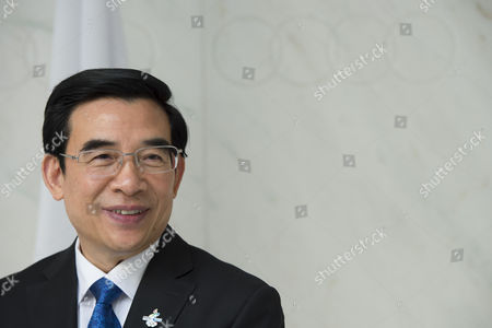 Beijing Mayor Wang Anshun Member of the Beijing Olympic Games 2022 Candidate City Smiles at the International Olympic Committee (ioc) Headquarter Before Submitting Candidature Bid of 2022 Beijing Olympic Winter Games in Lausanne Switzerland 06 January 2015 the Ioc Announced That Almaty and Beijing Are Two of the Cities Bidding to Host the 2022 Olympic Games Switzerland Schweiz Suisse Lausanne