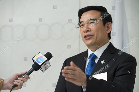Beijing Mayor Wang Anshun Member of the Beijing Olympic Games 2022 Candidate City Talks to Journalists at the International Olympic Committee (ioc) Headquarter Before Submitting the Candidature Bid of 2022 Beijing Olympic Winter Games in Lausanne Switzerland 06 January 2015 the Ioc Announced That Almaty and Beijing Are Two of the Cities Bidding to Host the 2022 Olympic Games Switzerland Schweiz Suisse Lausanne