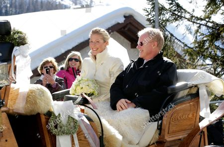 The Bride Laura Bechtolsheimer (l) with Her Father Arrive to the Church by Horse Carriage in Arosa Switzerland 02 March 2013 Prince William His Wife and Prince Harry Attend a Wedding of Their Friends Swiss-british Dressage Rider Laura Bechtolsheimer and Poloplayer Mark Tomlinson Switzerland Schweiz Suisse Arosa